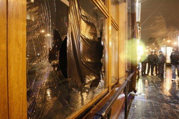 Разбитые окна Достоевского