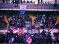 Фанаты Фиорентины кинули камень в лицо игрока команды соперника