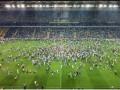 Дикие люди: Турецкие фаны грубо сорвали матч Шахтера с Фенербахче