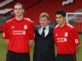Ливерпуль официально представил Кэрролла и Суареса