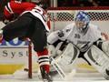 NHL: Черные Ястребы громят Молний