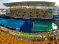 Позеленевшая вода в бассейне стала предметом шуток на Олимпиаде