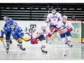 Украинский хоккеист забросил шайбу в свои ворота броском от чужих ворот