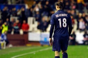 Златан Ибрагимович покидает поле на два матча Лиги Чемпионов