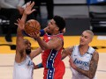 НБА: Сакраменто разобрался с Голден Стэйт, Филадельфия обыграла Лейкерс