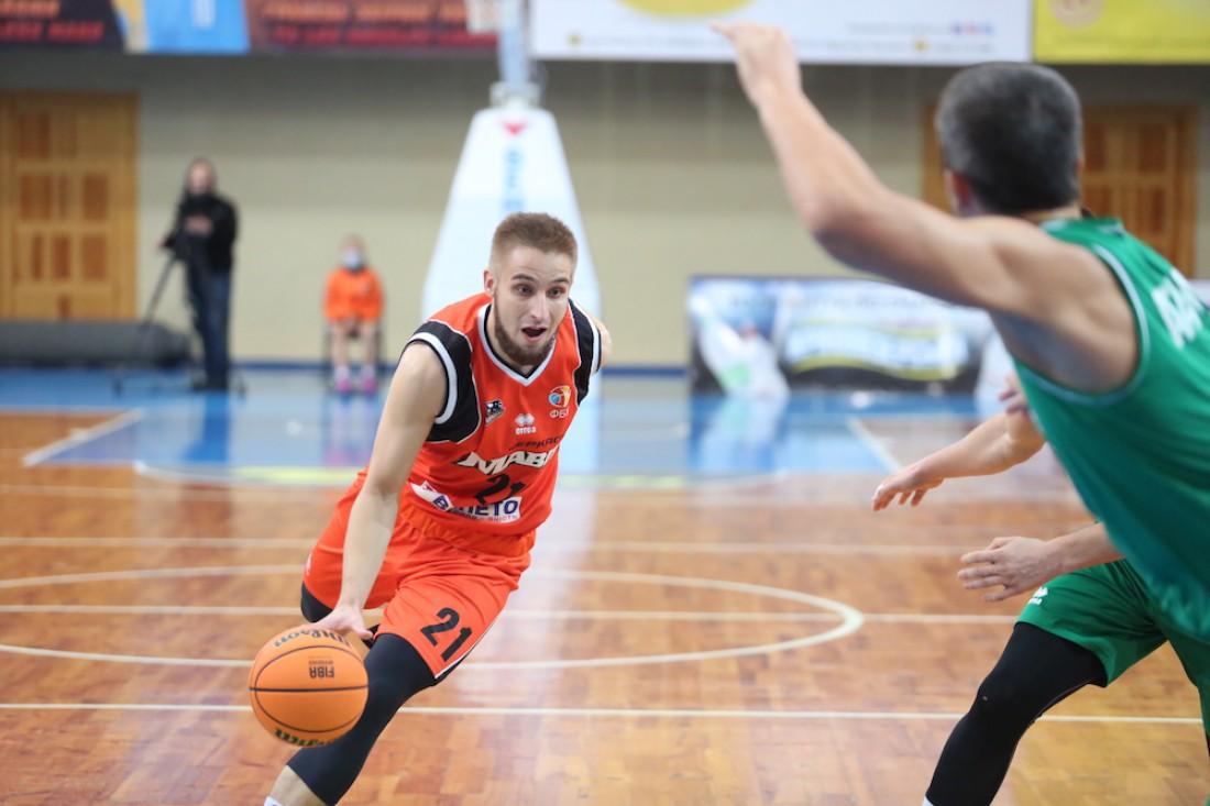 Александр Кобец