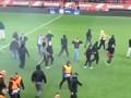 Олимпиакос оштрафовали на 90 тысяч евро за поведение фанатов в матче с АЕКом