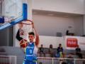 Украинец Павел Дзюба дебютировал в NCAA
