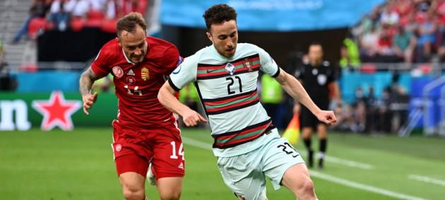 Португалия на последних минутах дожала Венгрию