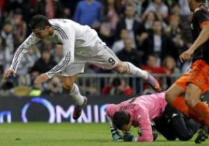 Примера: Роналдо приносит Реалу победу над Валенсией