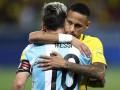 Неймар поздравил Месси с выходом Аргентины на ЧМ-2018
