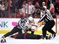 Овечкин нокаутировал соотечественника прямо на льду во время матча Кубка Стэнли