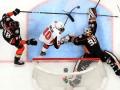 НХЛ: Анахайм обыграл Оттаву, Айлендерс по буллитан уступил Ванкуверу