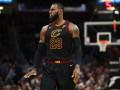 Аллей-уп Кальдерона на ЛеБрона – среди лучших моментов дня в НБА