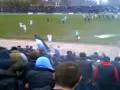 Фанаты Днепра устроили драку с милиционерами