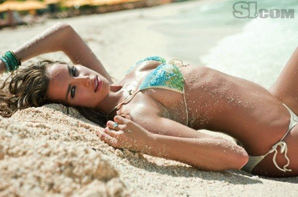 Фото Raphael Mazzucco / Sports Illustrated Swimsuit