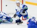 Белорусскому хоккейному клубу в России запрещают говорить на родном языке