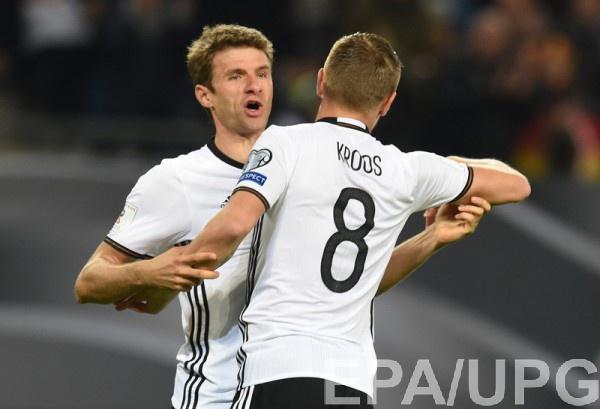 Мюллер и Кроос забивали за Германию