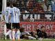 Арне Фридрих забивает третий мяч в ворота Ромеро