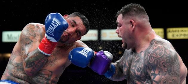 Руис одержал победу над Арреолой единогласным решением судей