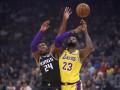 НБА: Лейкерс разгромил Сакраменто, Милуоки уступил Клипперсу в овертайме