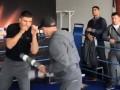 Хук на открытой тренировке использовал жезлы гаишников
