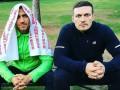 Усик и Ломаченко блеснули юмором, показав двоечку на камеру