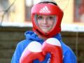 Девочка на миллион долларов. Королева красоты из Британии начинает боксерскую карьеру