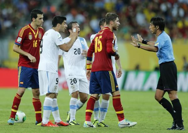 Испания обыграла Уругвай