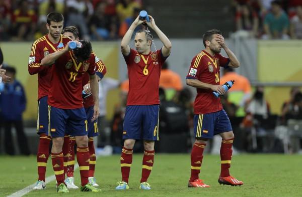 Испанцам на поле пришлось жарковато