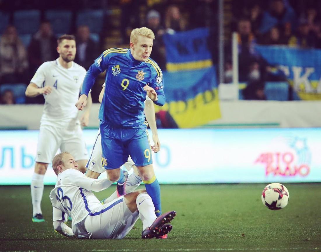 Виктор Коваленко в матче с финнами