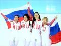 Российские спортсмены заклеивают символику сборной