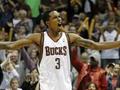 Новицки и Дженнингс названы игроками недели в NBA