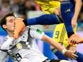 Игроку сборной Германии, которому сломали нос, сделали операцию