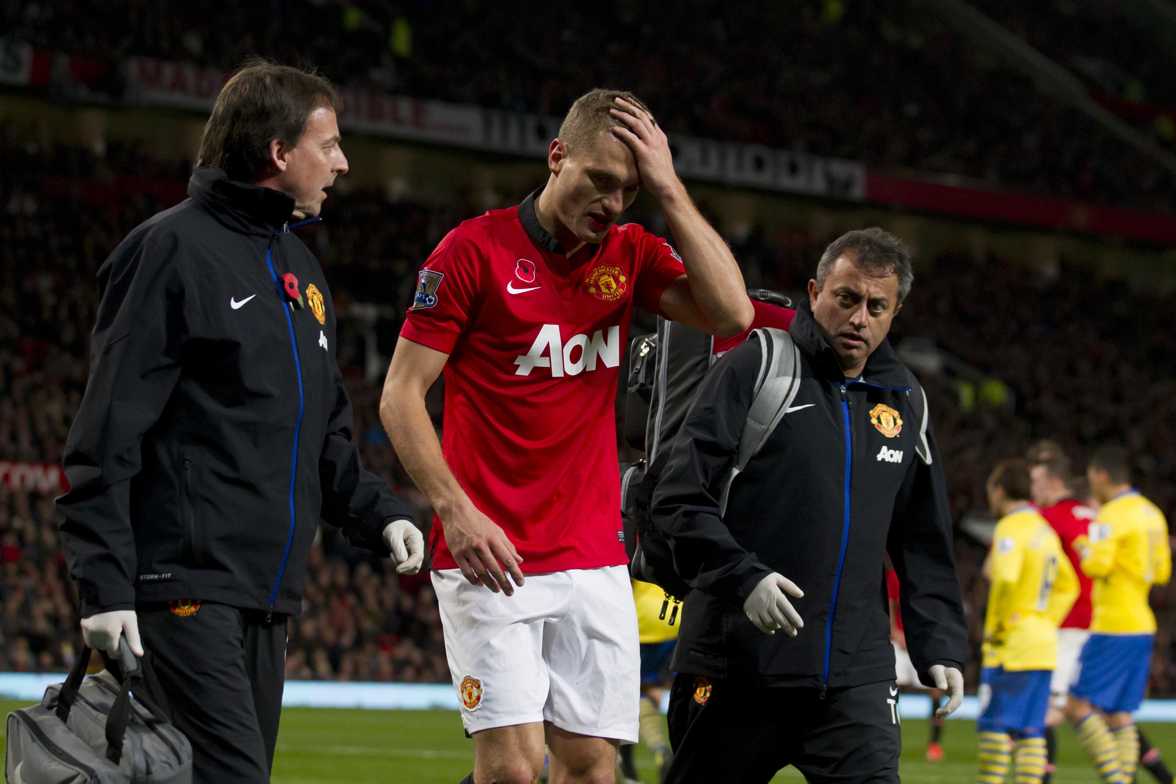 Видич получил травму головы в матче с Арсеналом