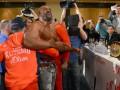 Рвач на пике-2: Видео истерики Бриггса на пресс-конференции Кличко и Леапаи