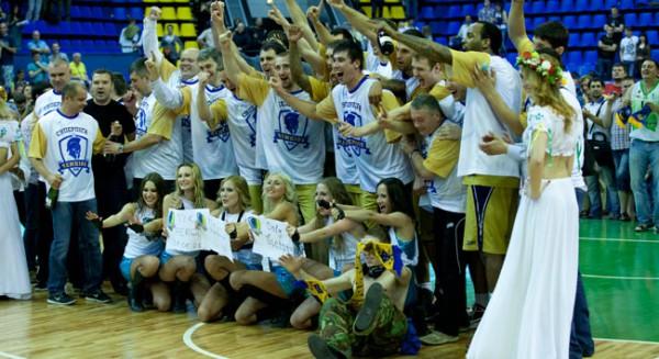 Будивельник стал чемпионом Украины