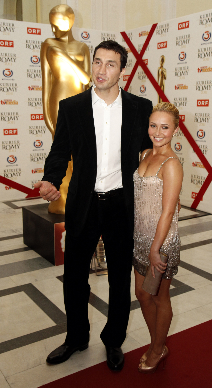 Хайден Пенеттьери, актриса. А в конце 2009 года у Владимира Кличко вспыхнула любовь с еще одной голливудской актрисой Хайден Панеттьери. Через два года эти отношения закончились. Но, как оказалось, ненадолго.