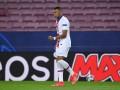Мбаппе стал третьим футболистом, забившим три гола Барселоне в ЛЧ