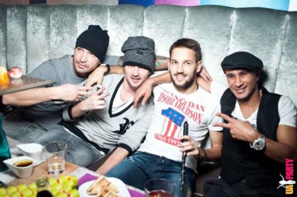 Нинкович (по центру) хочет снова быть в одном клубе с Милевским