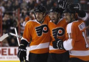 NHL: Филадельфия и Тампа забросили друг другу 15 шайб