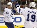 NHL: Поникаровский начинает и выигрывает