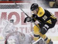 NHL: Бостон забросил Каролине семь безответных шайб