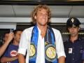 Форлан прибыл в Милан для подписания контракта с Интером