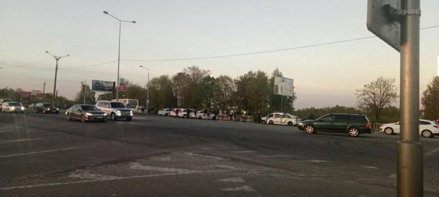 Фанаты Динамо избили водителя львовского автобуса