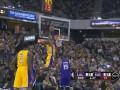 Данк легенды Лейкерс - среди лучших моментов дня в НБА