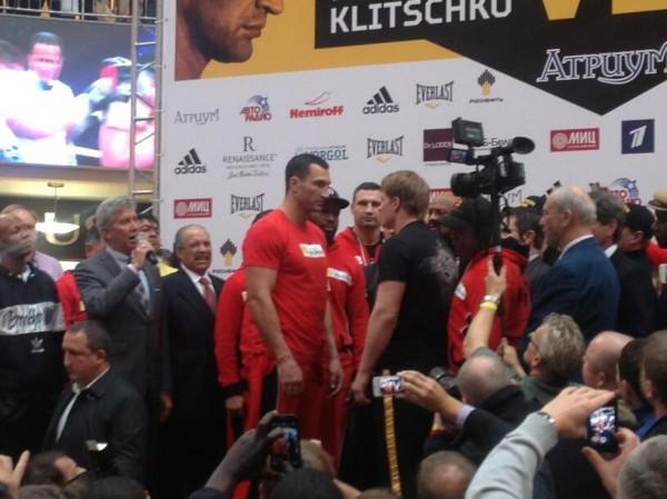 Кличко и Поветкин взвесились в Москве