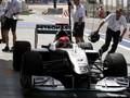 Команда Mercedes намерена ускорить пит-стопы