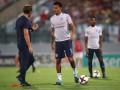 Игрок сборной Англии извинился за свой жест