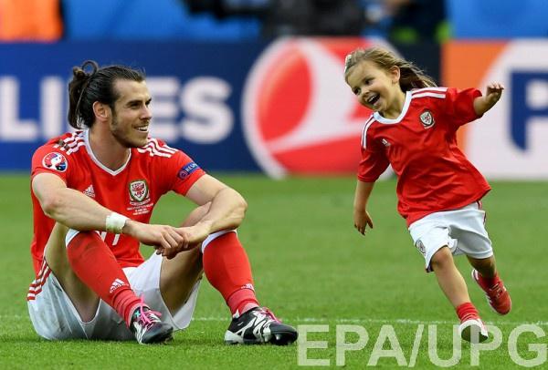 Футболисты не смогут праздновать победу на поле вместе с детьми